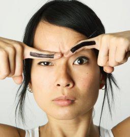 błędy w pielęgnacji i stylizacji brwi