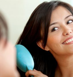 jak nafta kosmetyczna działa na włosy?