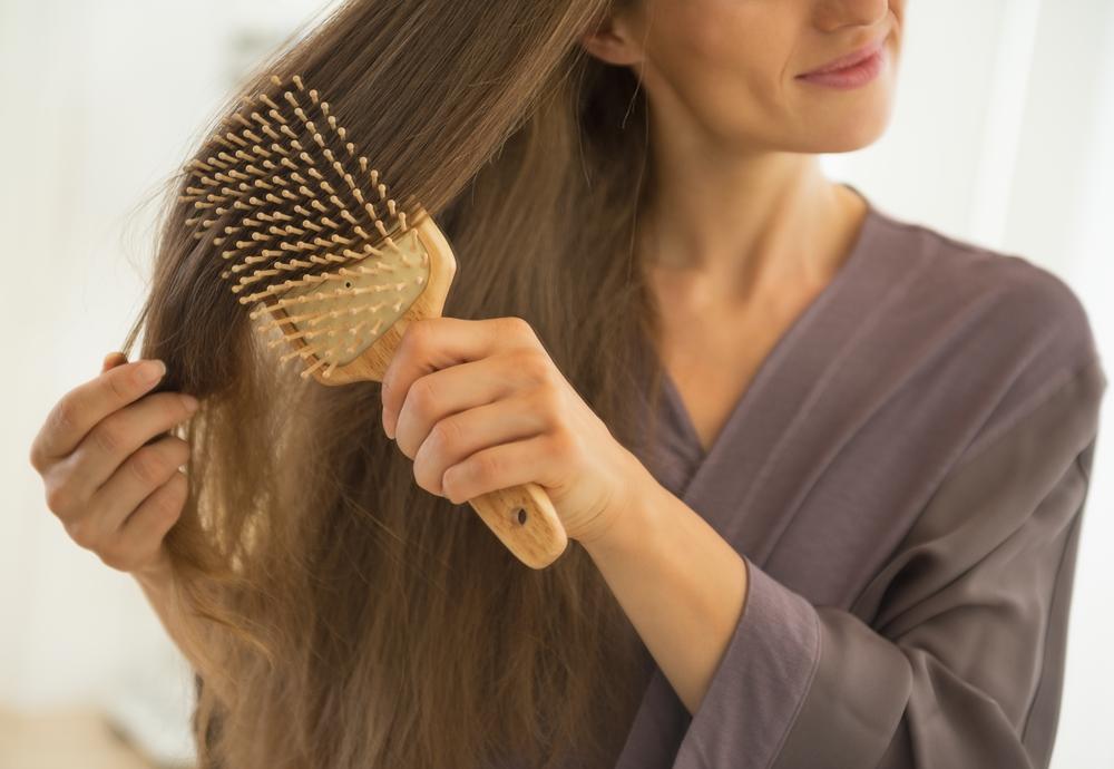 Jak rozczesać kołtuny, żeby nie zniszczyć włosów?