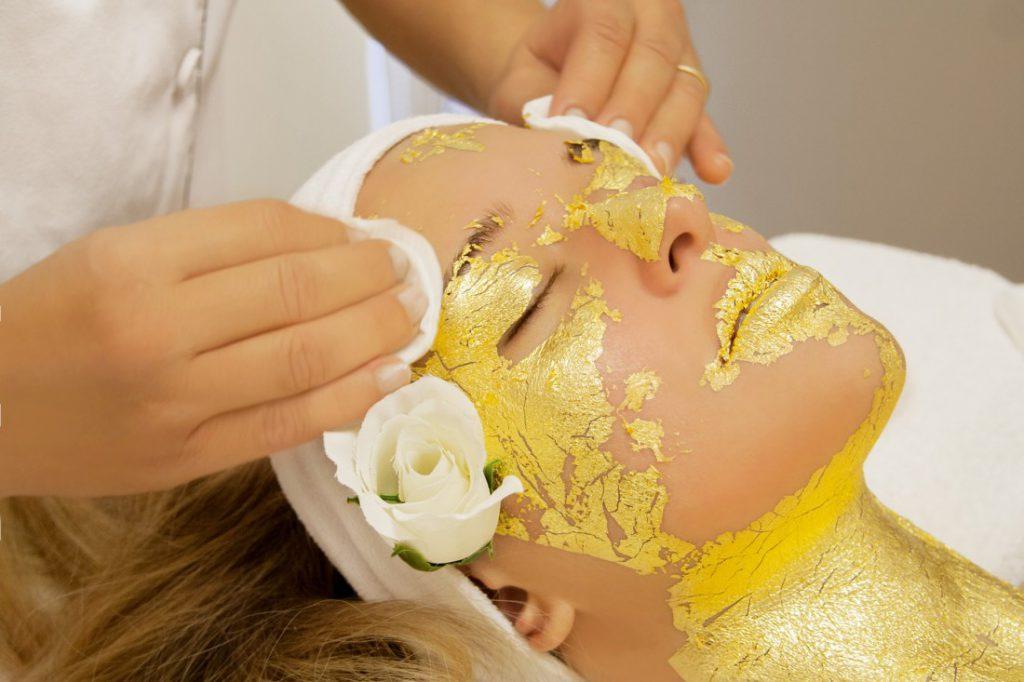 Drogocenne składniki kosmetyków: srebro, złoto i platyna