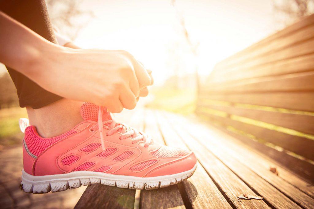 Jak pielęgnować skórę przed treningiem i po nim?