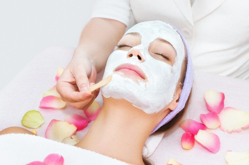 Poznaj najlepsze maseczki do pielęgnacji twarzy